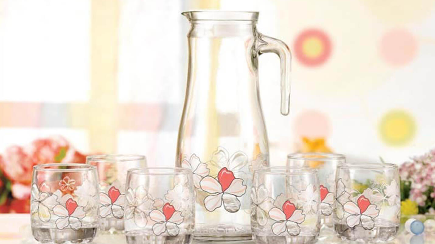 Tips help glassware in your home becomes shiny